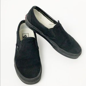 Classic Black Monochrome Core Classic Slip-On Vans